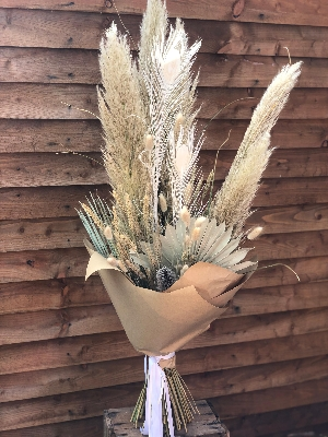 Classic dried bouquet