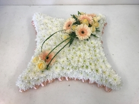 Cushion tribute